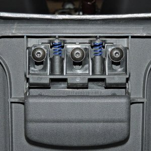 Tailgate Storage Cover Latch