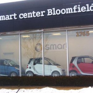smart bloomfield front window